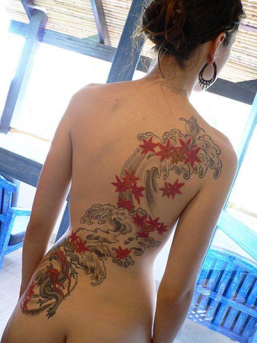 Японская татуировка на японке