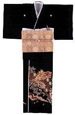 http://worldofjapan.ru/images/stories/fashion/kimono_3_kurotomesode.jpg